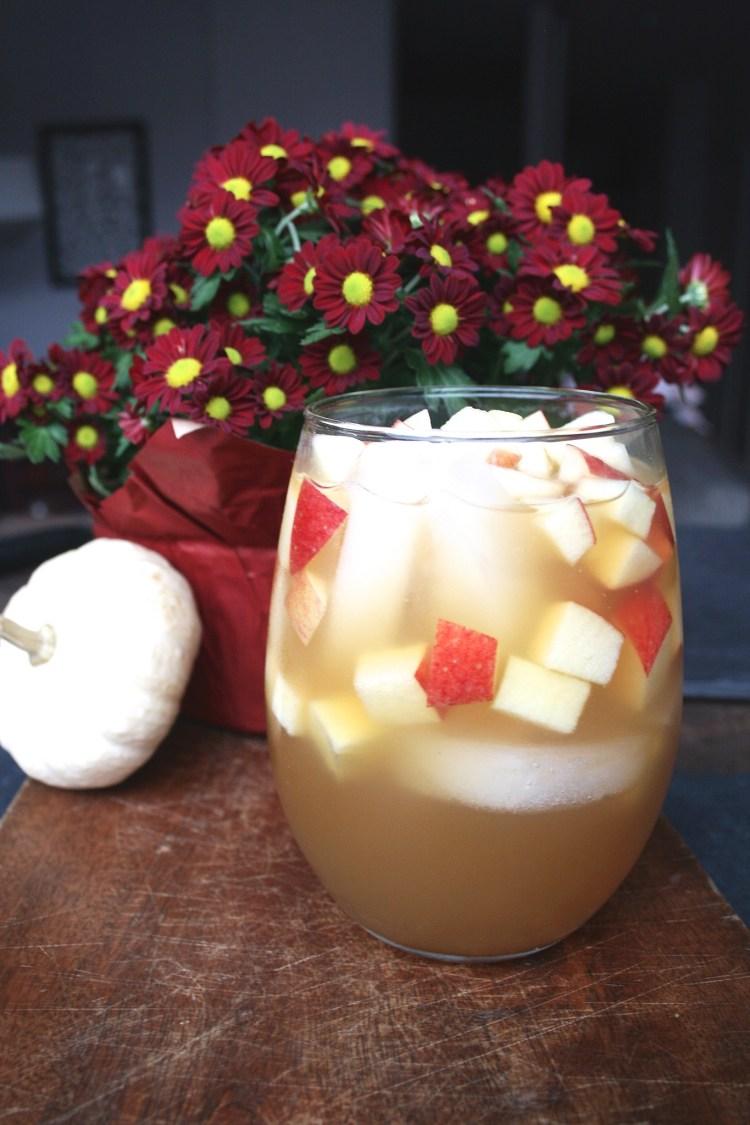 Cocktail Hour: Apple Cider Sangria