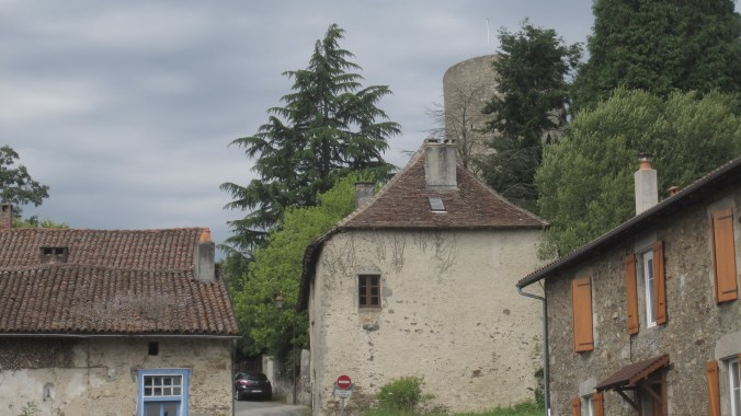 Town of Châlus with the road up to the castle