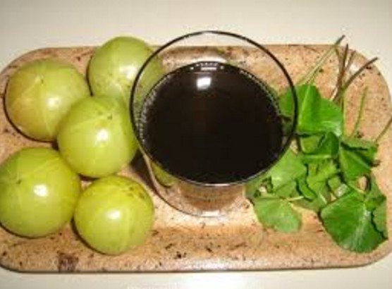 Amla(Gooseberry) To Get Rid Of White Hairs