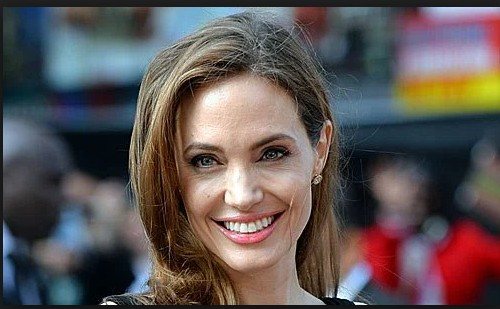 Angelina Jolie With Out Make Up