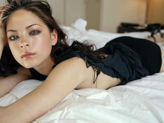 kristin kreuk most beautiful eye in the world