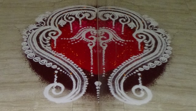 mirror pattern rangoli design