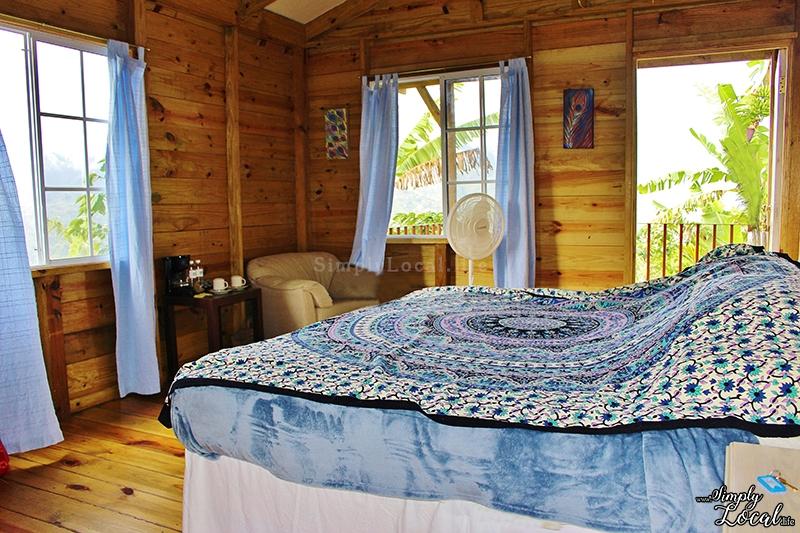 Peacock Cottage cabin room Blue Ridge Jamaica