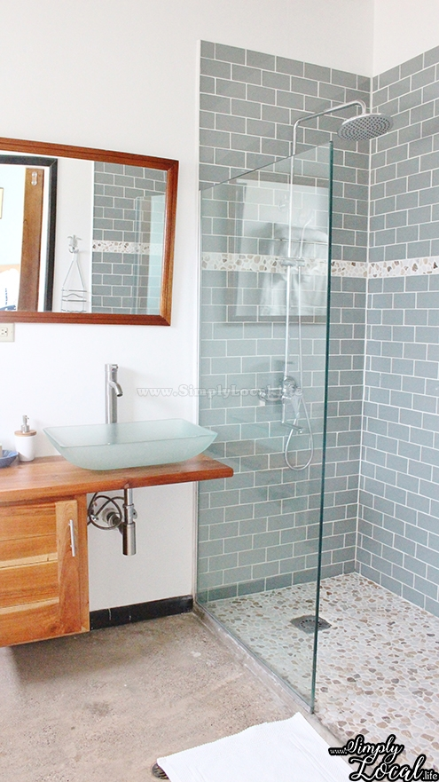 Turtles Nest Treasure Beach Jamaica Villa bathroom