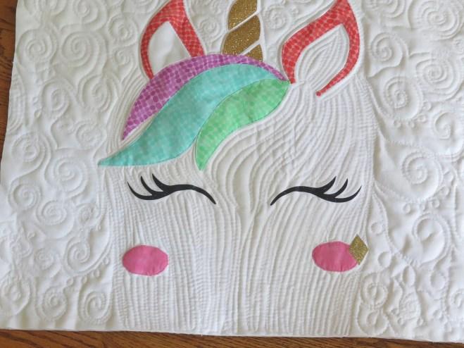 unicorn_pillow_1