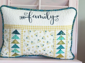 family_pillow11