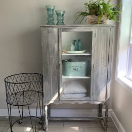 upcycled_cabinet_17