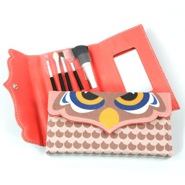 Make Up Set - Brushes, Applicators & Mirror in Case - owl