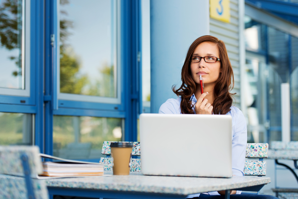 Sole Proprietor vs LLC — Which is Best When Working as a Virtual Paraplanner?
