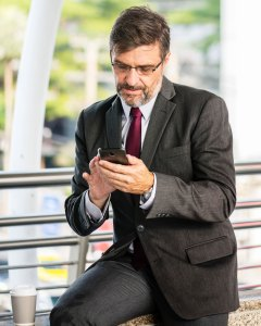 man-insurance-agent-on-smartphone