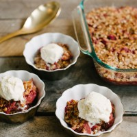 Strawberry Rhubarb Crisp/Crumble (gluten-free)