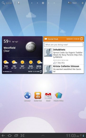 Flipping the tablet to portrait rearranges app icons and widgets.