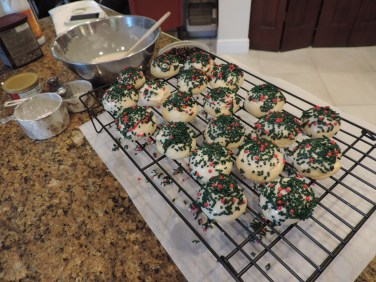 Let iced cookies set on cooling rack