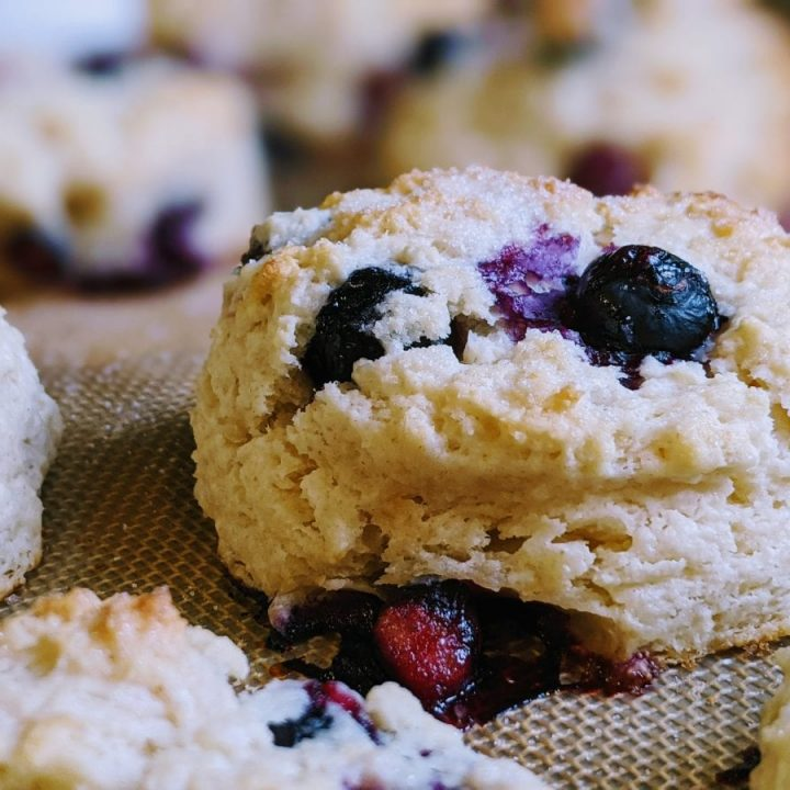 easy blueberry biscuits
