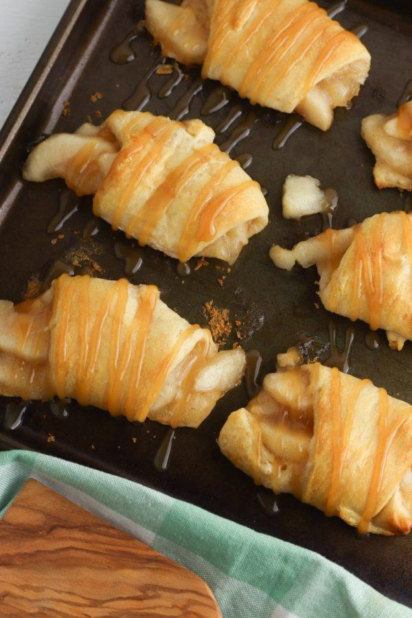 baked caramel crescent rolls