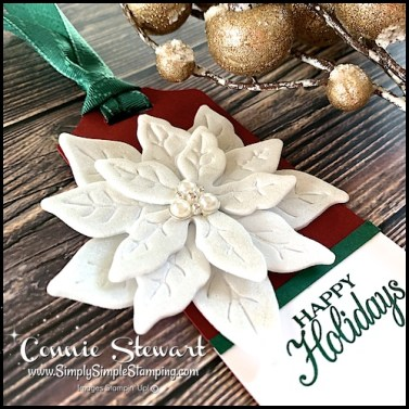 craft-foam-used-to-make-christmas-tag-decoration