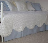 Easy DIY Daybed Dust Ruffle Decorating Project ...