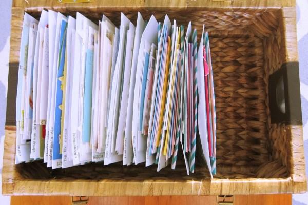 HOW TO ORGANIZE GREETING CARD MEMENTOS // paper filing // memorabilia organizing // SimplySpaced.com
