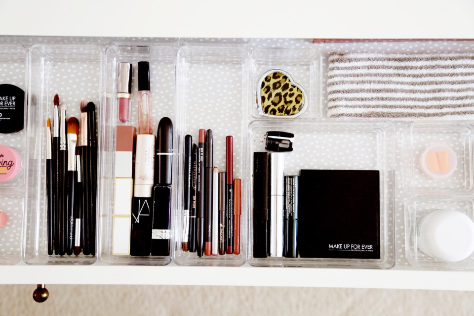 How to edit & organize your makeup on the go