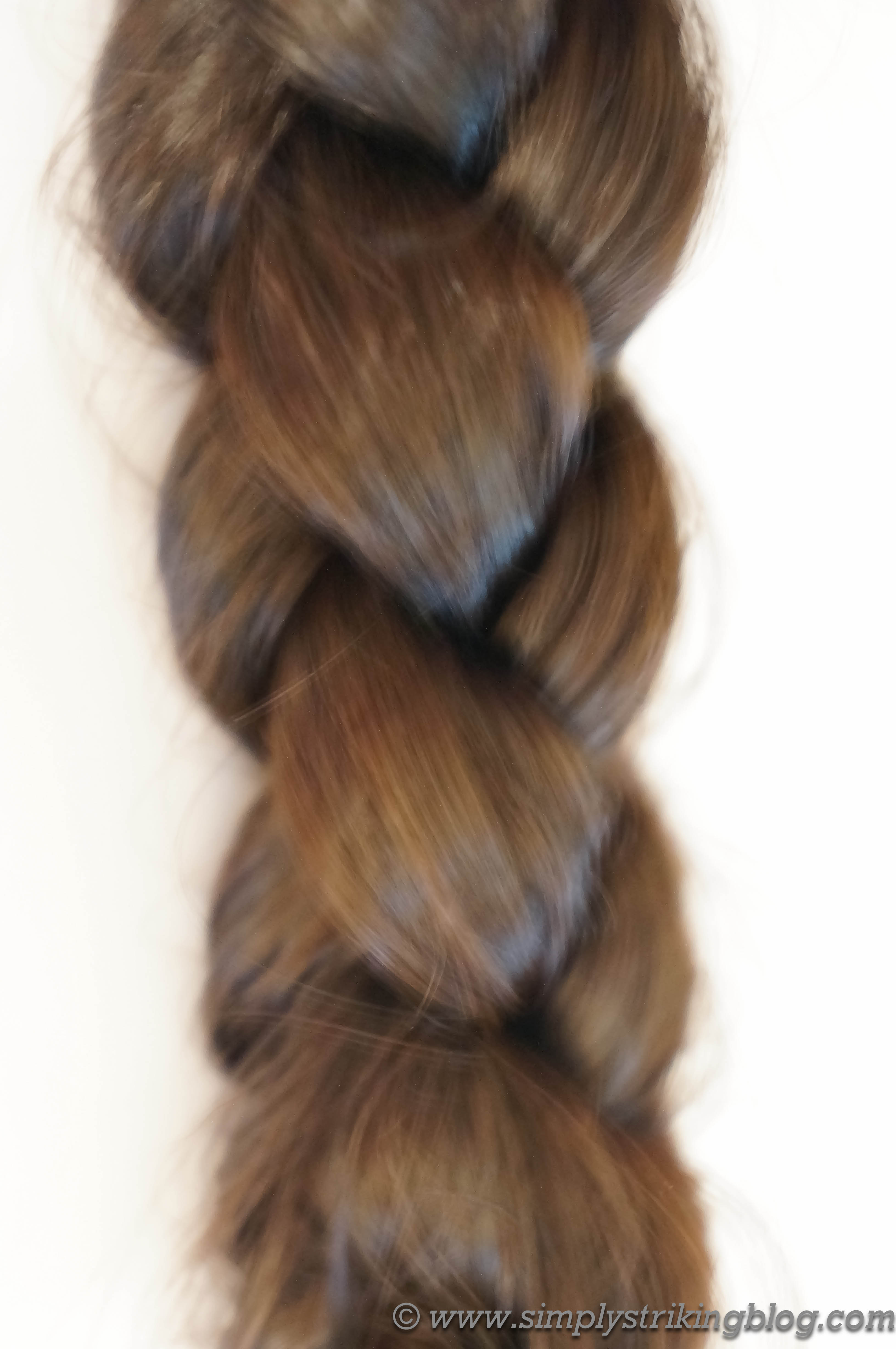 Tutorial How To Make a Square Braid  SimplyStriking