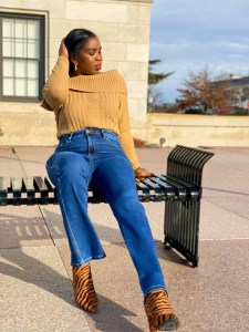styling barely boot cut jeans
