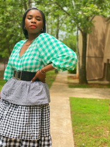 Gingham outfit idea.
