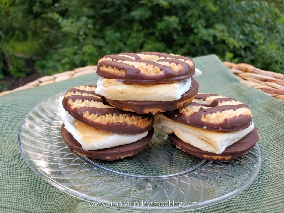 Fudge Stripe Cookie S'mores FB