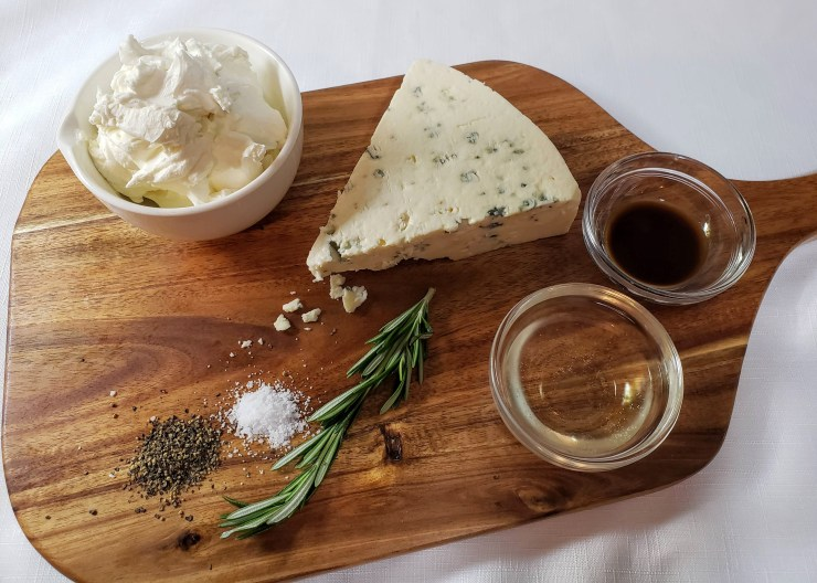 Ingredients for Gorgonzola cheese bites on a cutting board