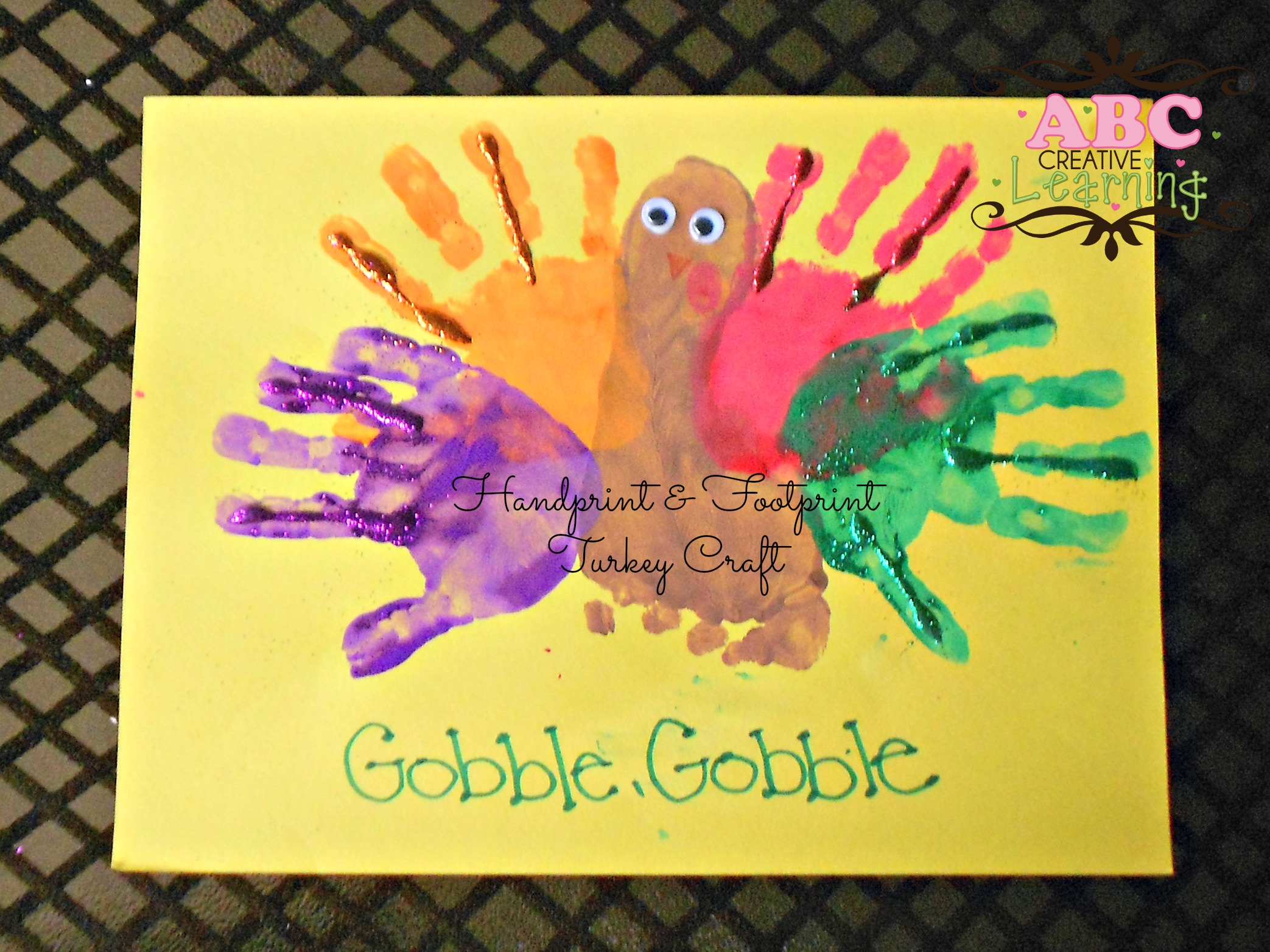 Easy peasy and fun handprint crafts make the perfect little keepsakes. Handprint And Footprint Kids Arts And Crafts
