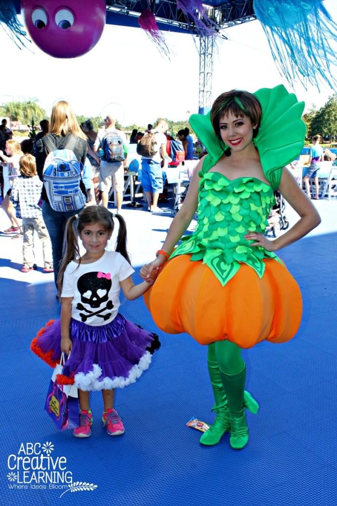 Sea World Spooktacular Pumpkin Princess