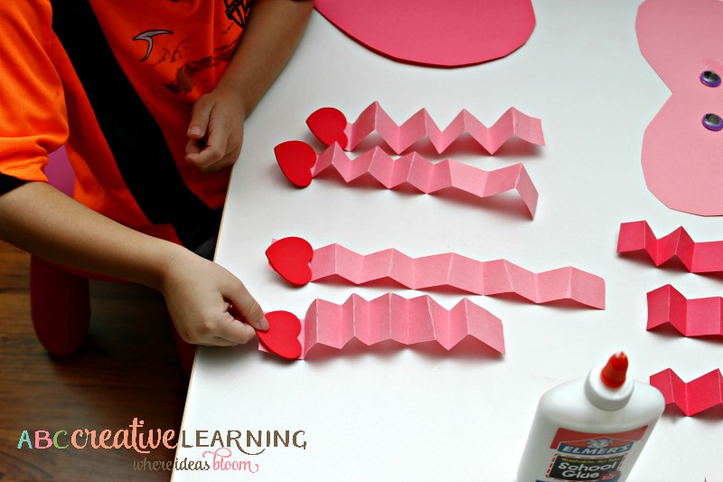 Easy Valentine's Day Heart Craft Fine Motor Skills Hearts - simplytodaylife.com