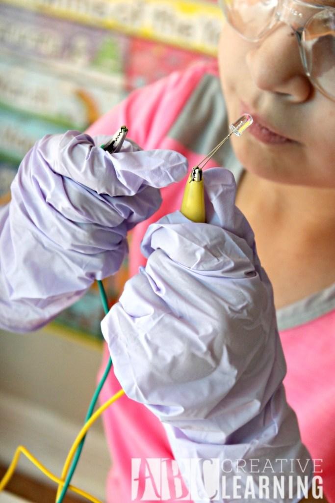 Lemon Battery StemBox For Girls Connection