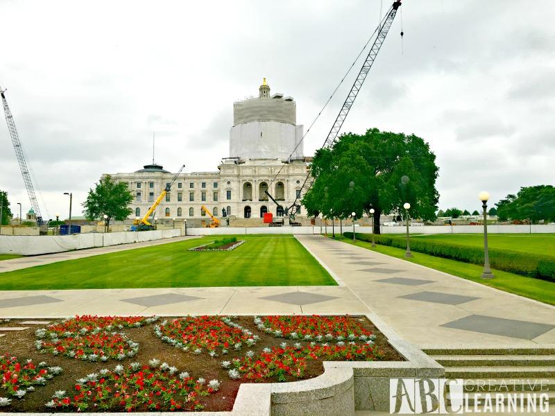 Minneapolis Saint Paul Bus Tour Capital
