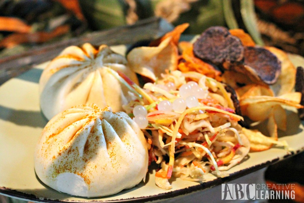 Pandora - World of Avatar at Disney's Animal Kingdom | 5 Things To Experience #VisitPandora Burger Pods