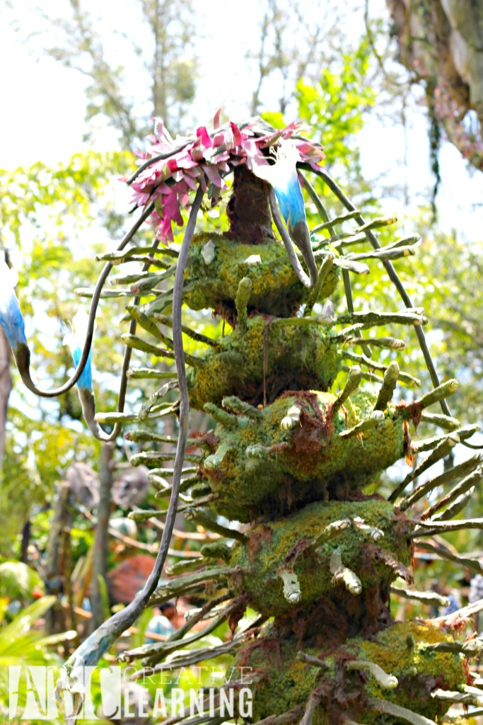 Pandora - World of Avatar at Disney's Animal Kingdom | 5 Things To Experience #VisitPandora Na'vi Plant