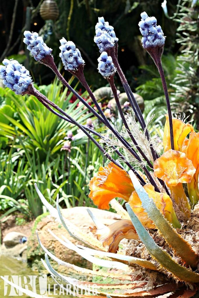 Pandora - World of Avatar at Disney's Animal Kingdom | 5 Things To Experience #VisitPandora Flowers