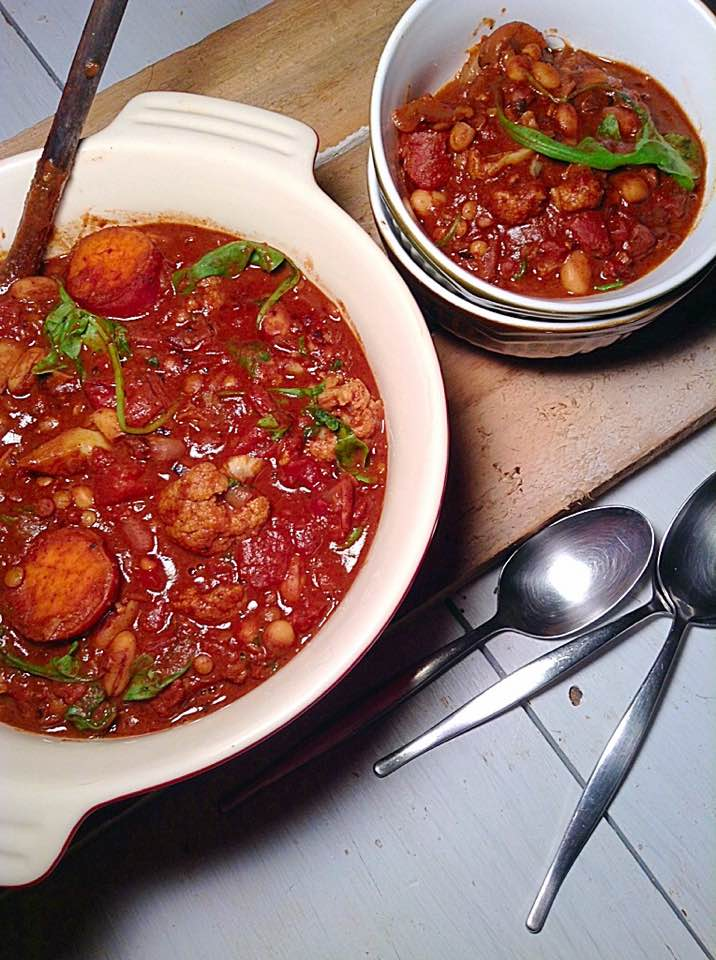 sweet potato and white beans chili with cocoa