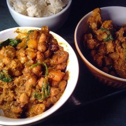 Sweet and salty chickpea and butternut squash curry