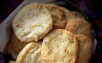 Kesar Pista Elaichi Biscuits - Eggless