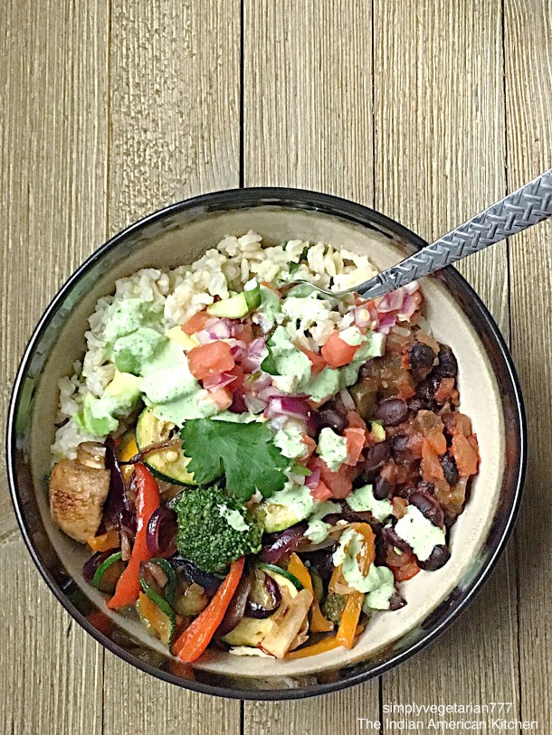 Tex Mex Salad Bowl, Vegetarian Meals, Giant Eagle Curbside Express Delivery #ad #GiantEagleDelivers  #vegetariansalad #texmex #cantinasalad #easyrecipes