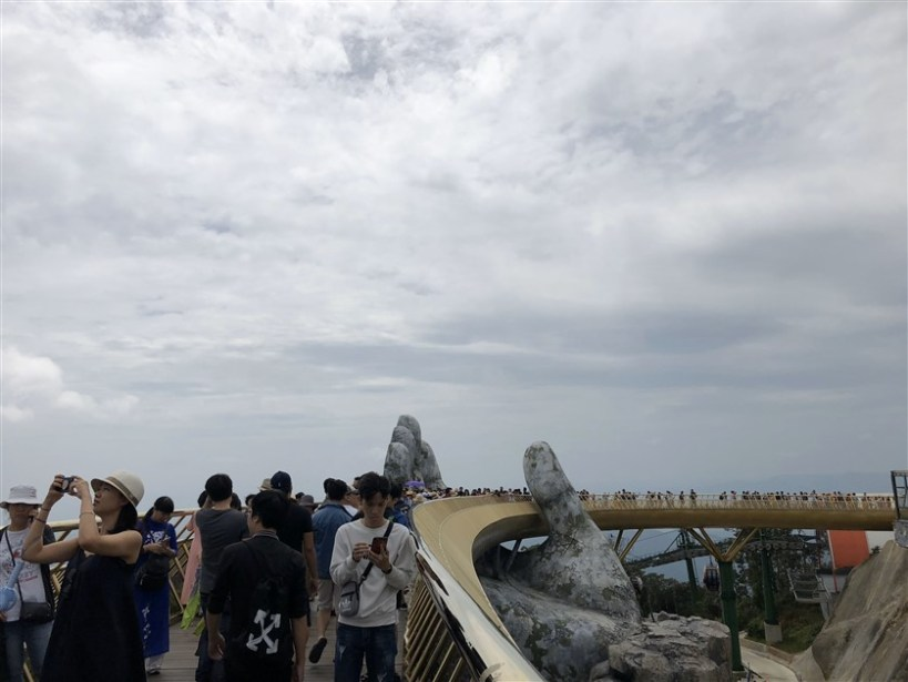 Marble mountains and Ba Na Hills tour (5)