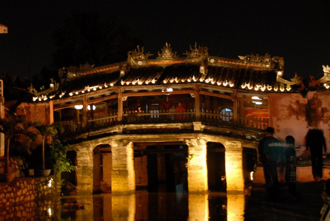 Hoi An By Night (7)
