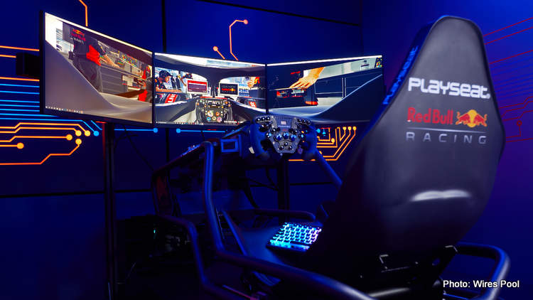 Red Bull Esports team up with display gurus AOC