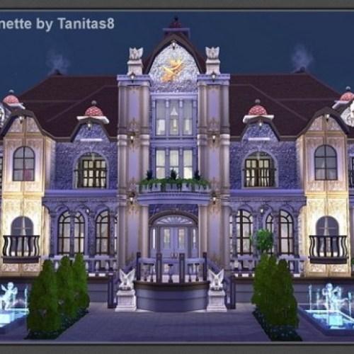 Antoinette Manor house