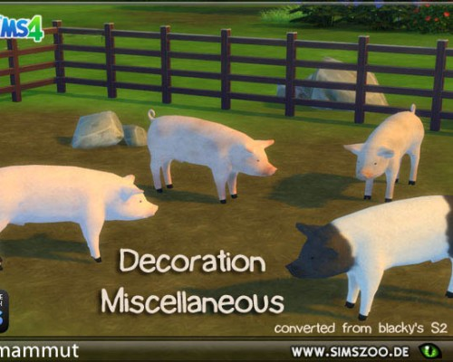 Deco pigs by mammut