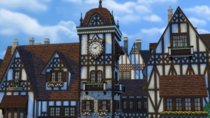 Place De L'Horloge: Shops By Pyrénéa