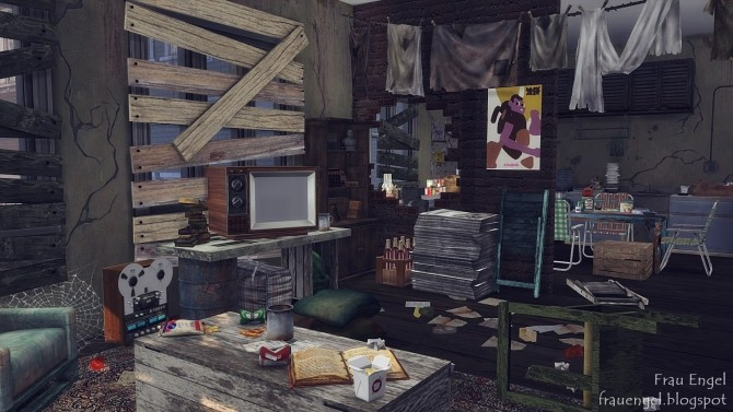 Abandoned apartment at Frau Engel  Sims 4 Updates