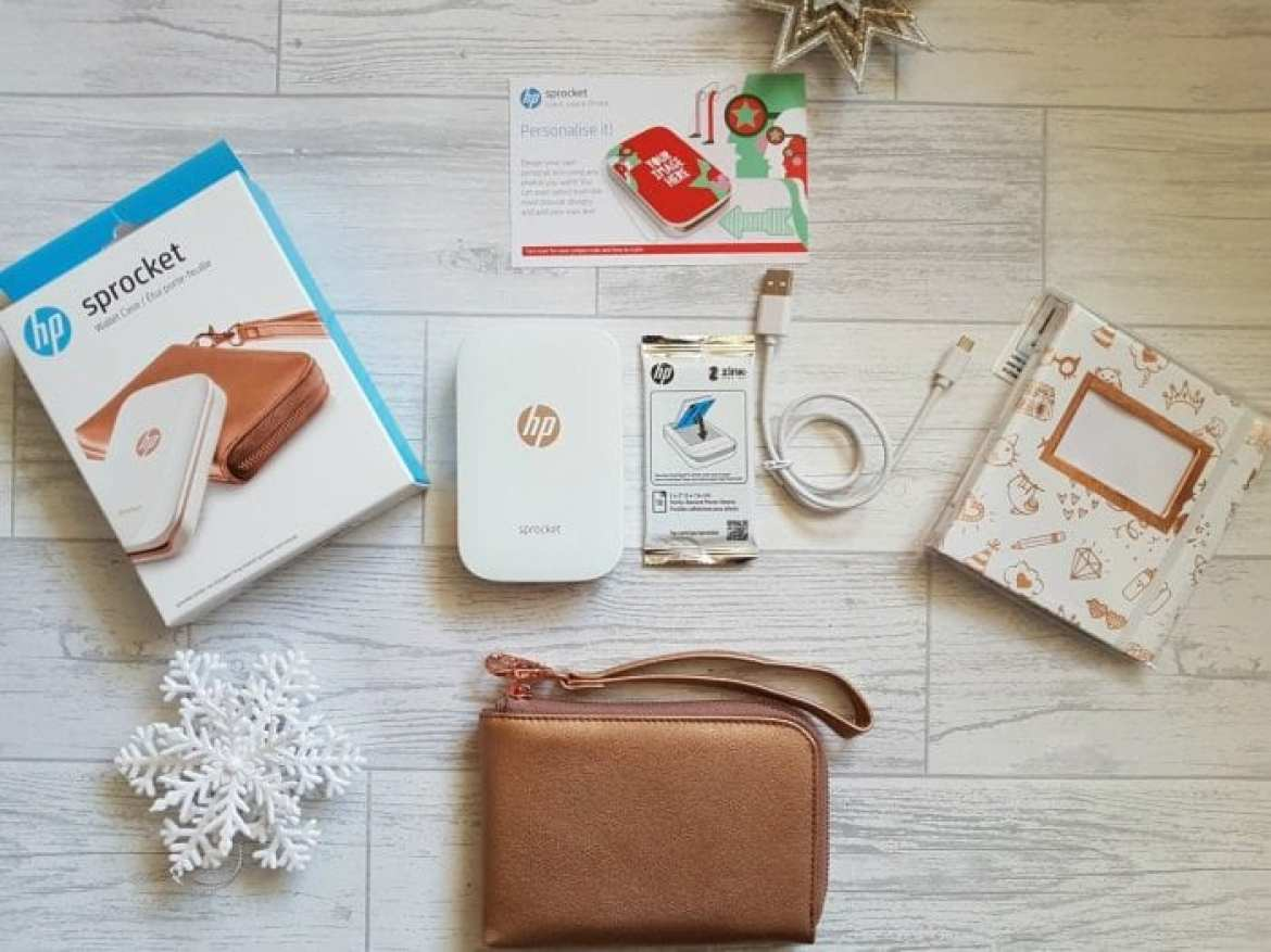 HP-Sprocket-Printer-Gift-Set-Contents