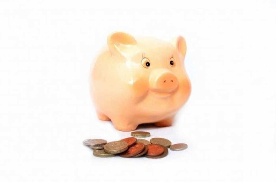 Piggy Bank Save Money as a Student