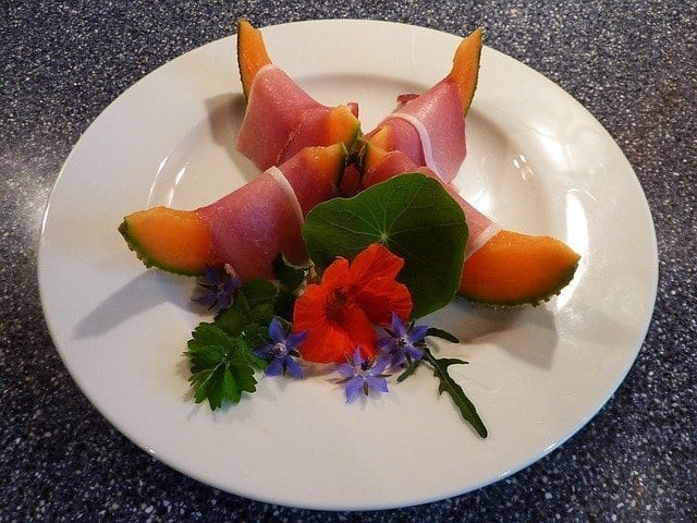 Ham and muskmelon